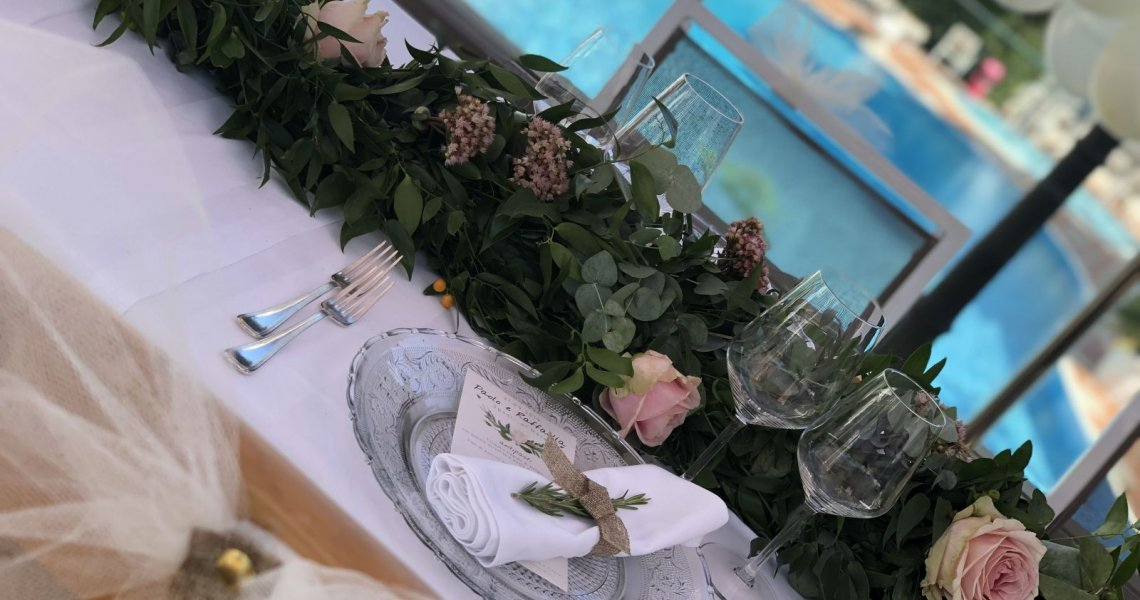 The magic of a wedding by the sea
